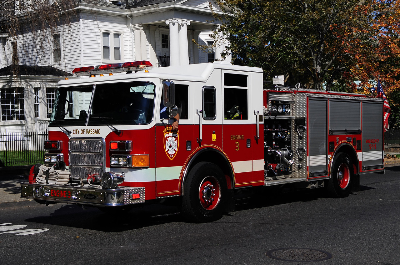 Passaic - Engine 3    2004 Pierce Enforcer 1500/700