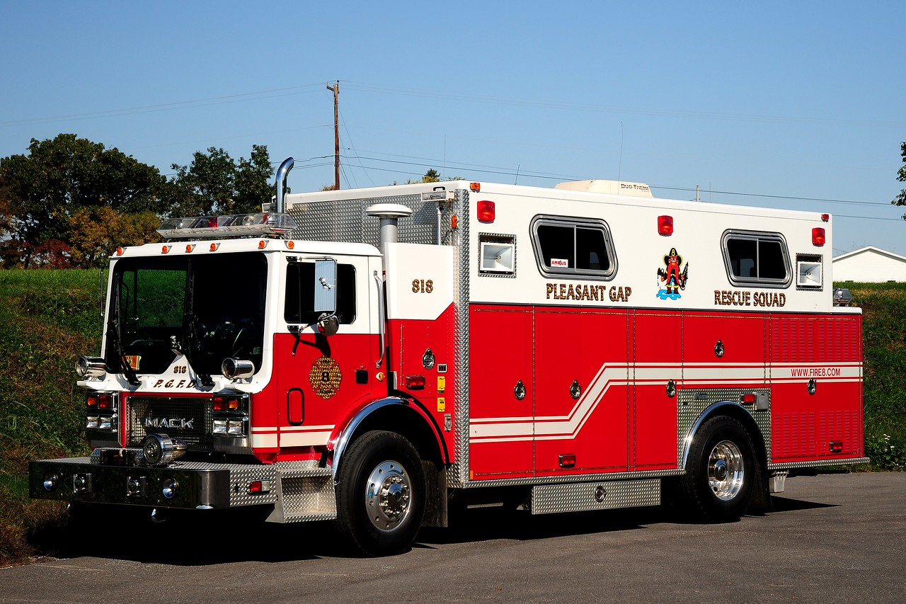 Pleasant Gap  Fire Co   Rescue  818 1997  Mack MR  / Marion