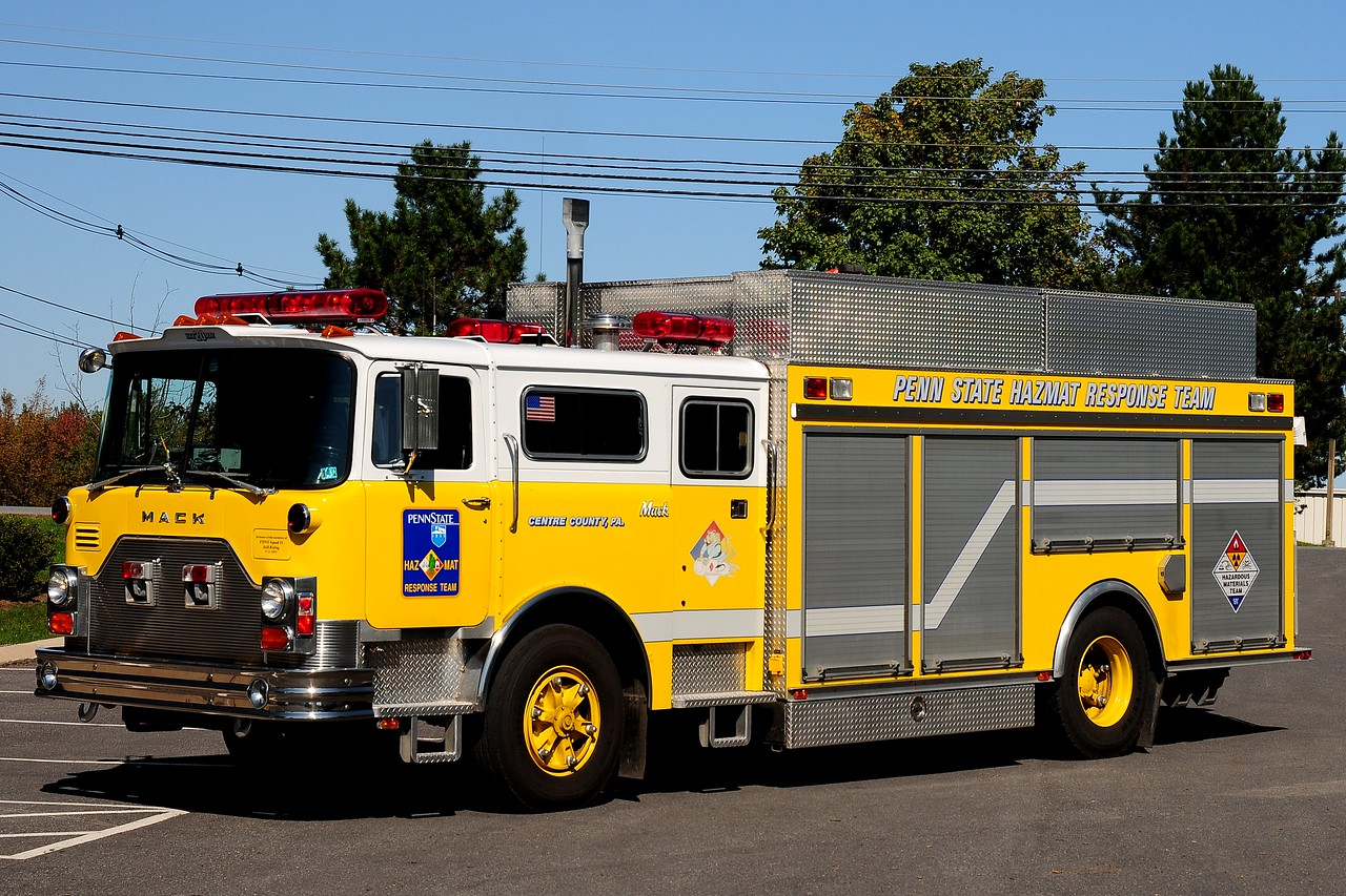 Penn  State University  Haz-Mat unit    1981  Mack Cf / 1993  Interstate Ex- FDNY Squad 41